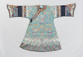 Imperial winter dragon robe,